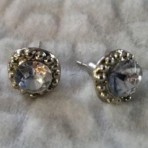Pair of beautiful costume jewellery earrings